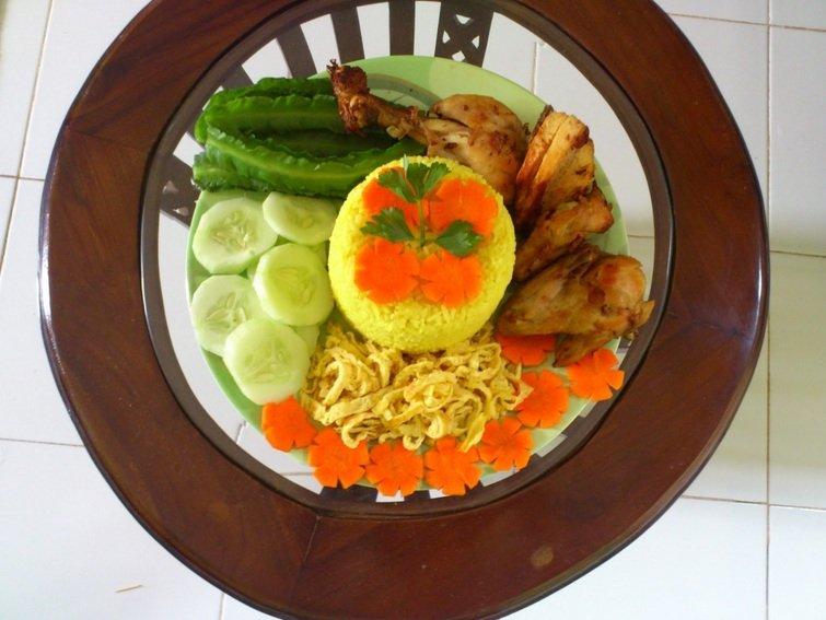 Resep Nasi Kuning Tanpa Santan